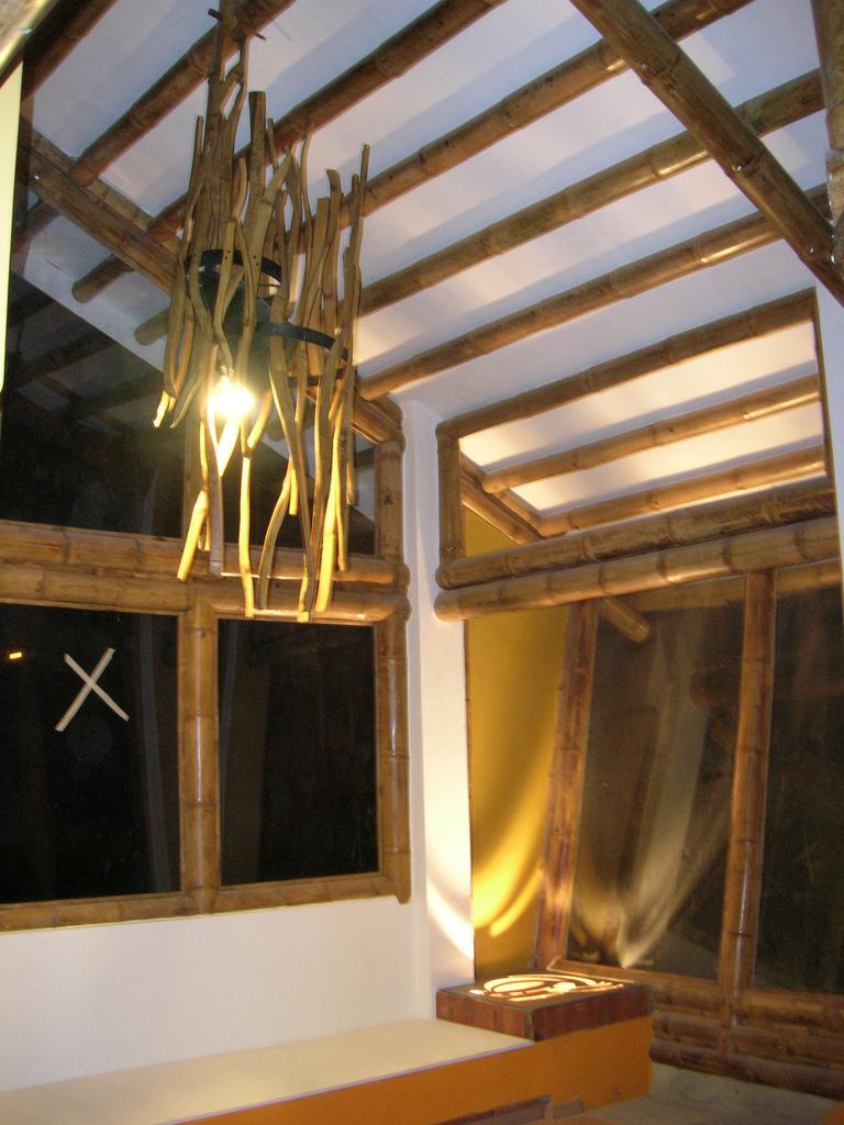 lampara guadua zuarq arquitectos